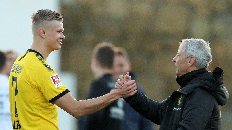 SJEFEN: Lucien Favre sier han ble overrasket da det ble klart at Erling Braut Haaland valgte Borussia Dortmund. Her fra lagets treningsleir i Marbella nylig.