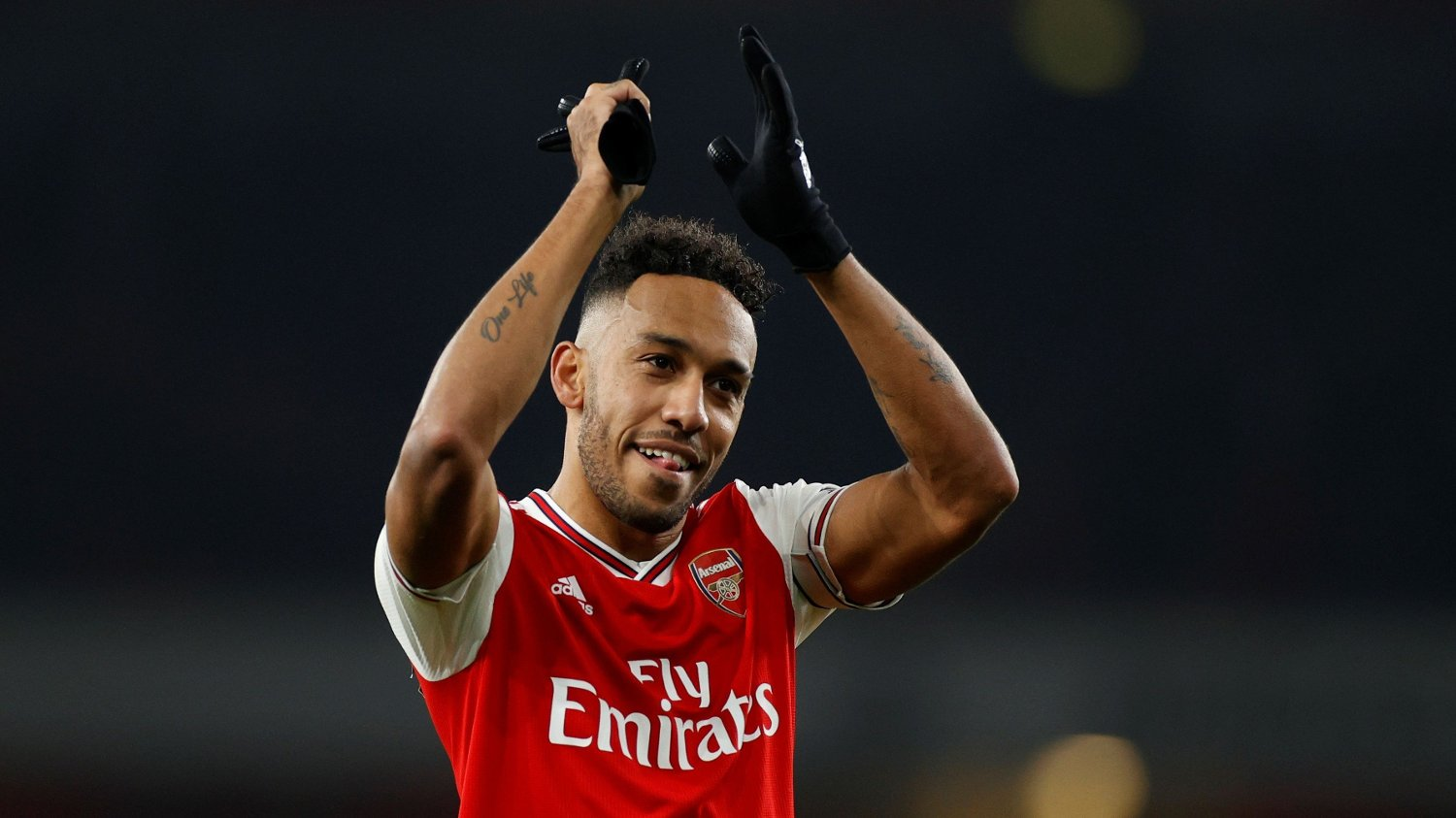 Soccer Football - Premier League - Arsenal v Manchester United - Emirates Stadium, London, Britain - January 1, 2020 Arsenal's Pierre-Emerick Aubameyang celebrates after the match Action Images via Reuters/John Sibley EDITORIAL USE ONLY. No use with unauthorized audio, video, data, fixture lists, club/league logos or