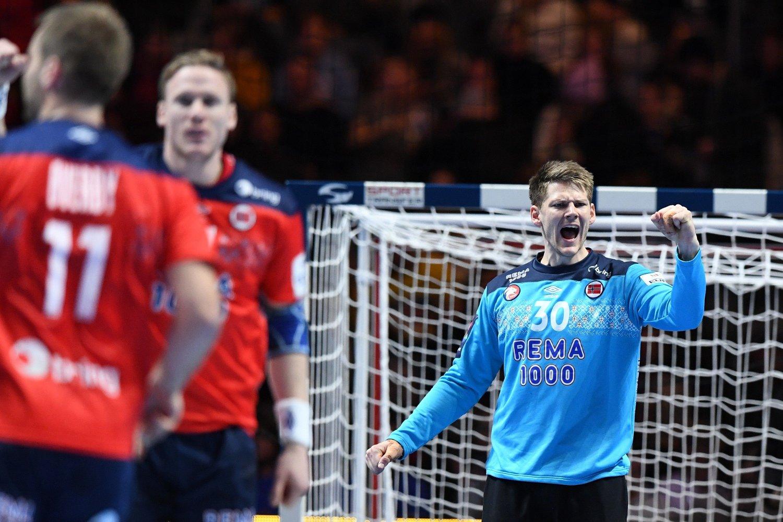 - MERKELIG: Torbjørn Bergerud forteller at han fikk en skrue i hånden under møtet med Kroatia.