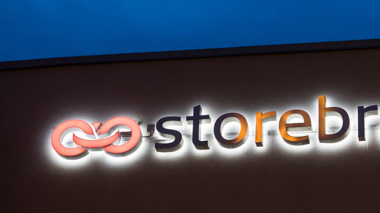 SETTER NED FASTRENTA: Storebrand bank.