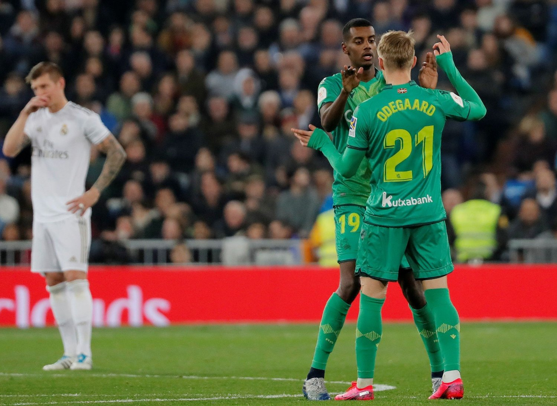 GIFTIG DUO: Alexander Isak og Martin Ødegaard ydmyket Toni Kroos og Real Madrid på storklubbens egen hjemmebane i Copa del Rey.
