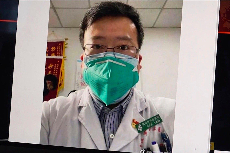BLE SELV SMITTET: Den kinesiske legen som først meldte fra om Wuhan-viruset, 34 år gamle Li Wenliang, er død etter selv å ha blitt smittet av det nye coronaviruset.