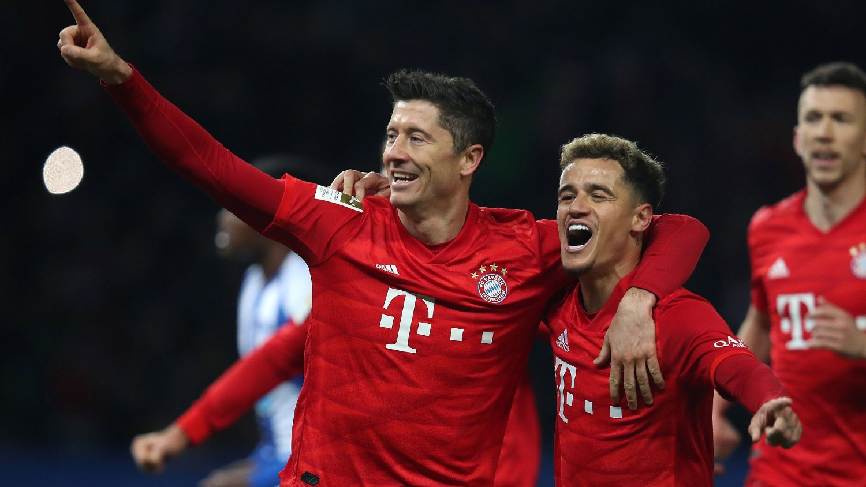 Bayern Munich's Polish forward Robert Lewandowski / DFL REGULATIONS PROHIBIT ANY USE OF PHOTOGRAPHS AS IMAGE SEQUENCES AND/OR QUASI-VIDEO
