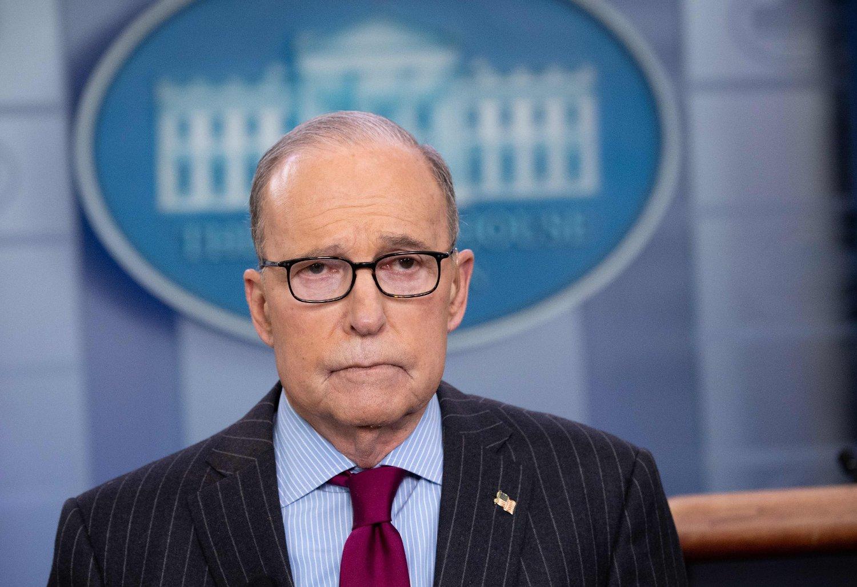 Larry Kudlow, som er direktør for Det nasjonale økonomirådet i Det hvite hus, sier til pressen at han er skuffet over Kinas manglende åpenhet.