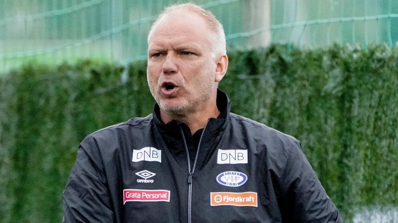 FRITTALENDE: Vålerengas trener Dag-Eilev Fagermo er ikke redd for å si det han mener. Det fikk Alan Pardew merke.