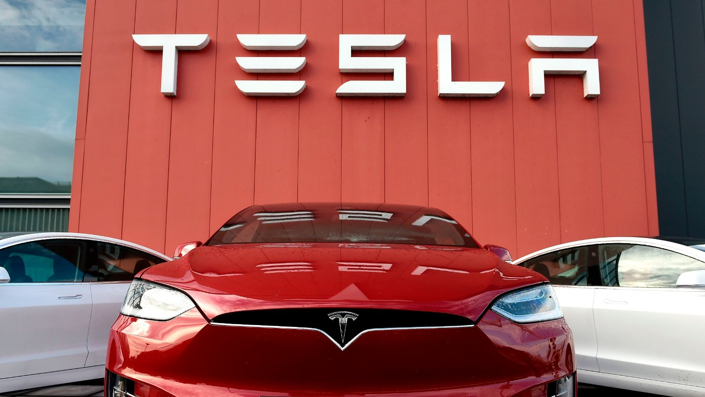Tesla får tøff konkurranse av andre elbilmodeller.