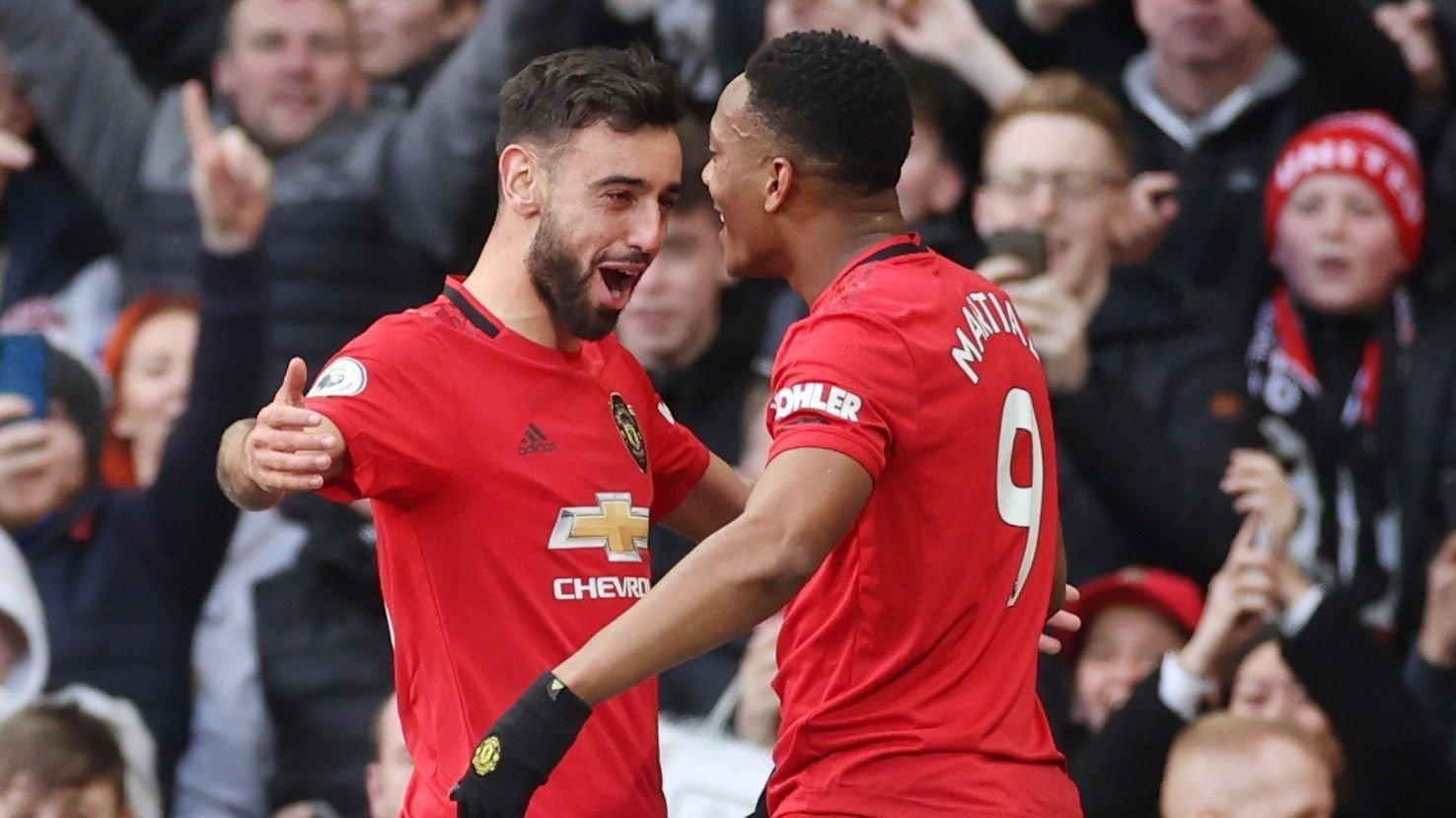 KJEFTA OG SÅ SMALT DET: Bruno Fernandes og Anthony Martial skal ha vært i ferd med å kjefte hverandre huden full, før de kombinerte for United-scoring.