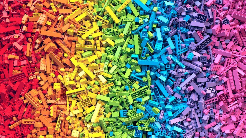 Lego er mange timer med underholdning for store og små.