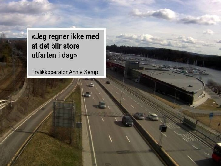 INGEN KØER: Fredag klokka 12.30 var dette trafikkbildet på E18 i Sandvika.