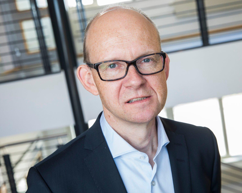 UTE MED NY KONJUNKTURRAPPORT: Statistisk sentralbyrå og Geir Axelsen.