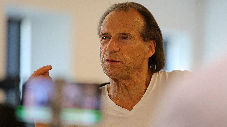Jan Bøhler podcast Arbeiderparti-profil Jan Bøhler under innspilling av podcasten Stavrum & Eikeland.