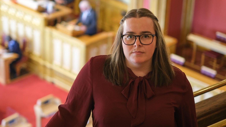 Katrine Boel Gregussen vil be Stortinget vedta en målsetning for hvordan Norge kan ta et vesentlig steg videre i havvindsatsingen. – Her løfter regjeringen så vidt en lillefinger, sier Gregussen.