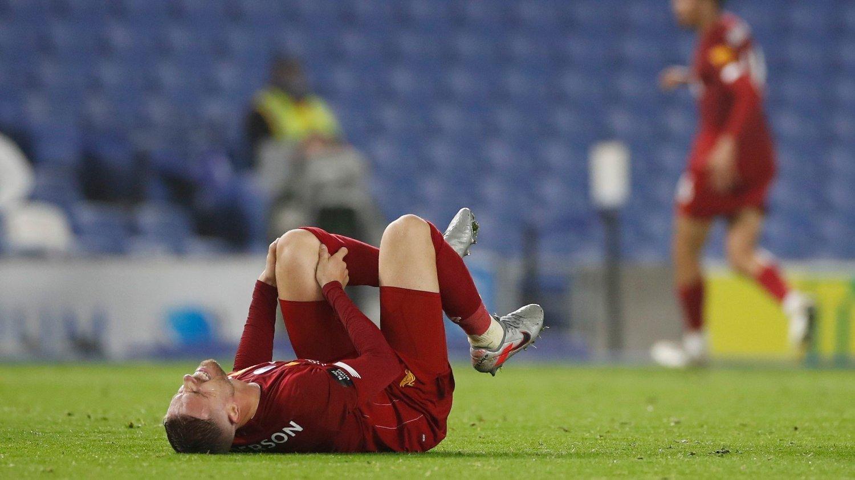 SKADET: Liverpool-kaptein Jordan Henderson kan miste starten av neste sesong.