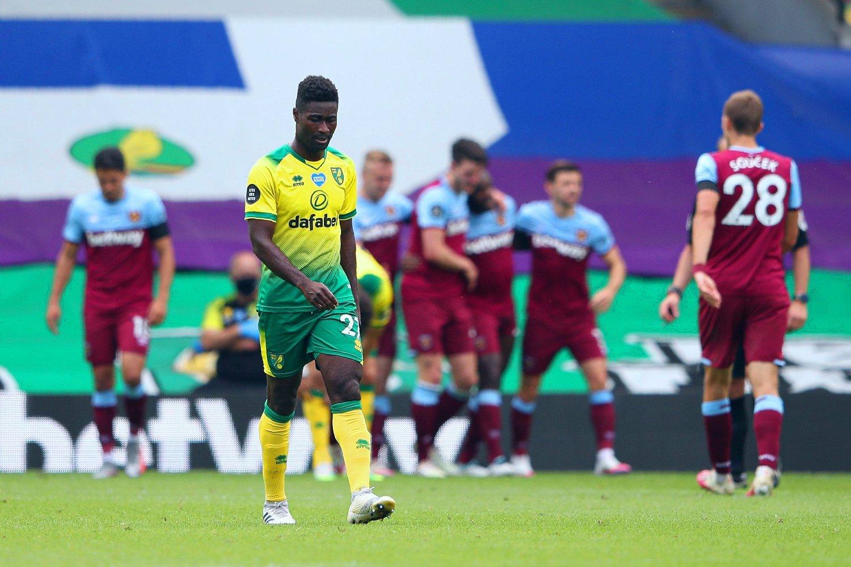 NOK ET TUNGT NEDRYKK: Alexander Tettey har opplevd flere nedrykk med Norwich, og kan nå plusse på med et nytt.