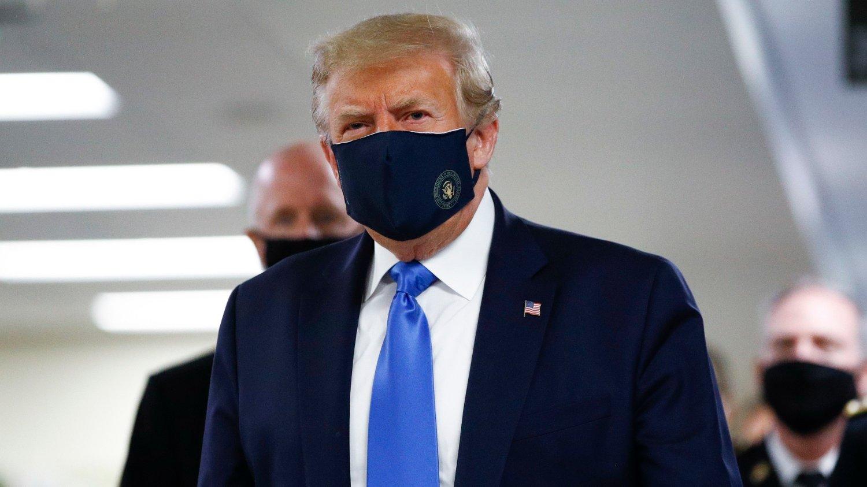 SMITTEOPPBLOMSTRING: En rask økning i antall smittetilfeller kan føre til ny nedstenging av det amerikanske samfunnet og flere arbeidsledige, til Donald Trumps fortvilelse.