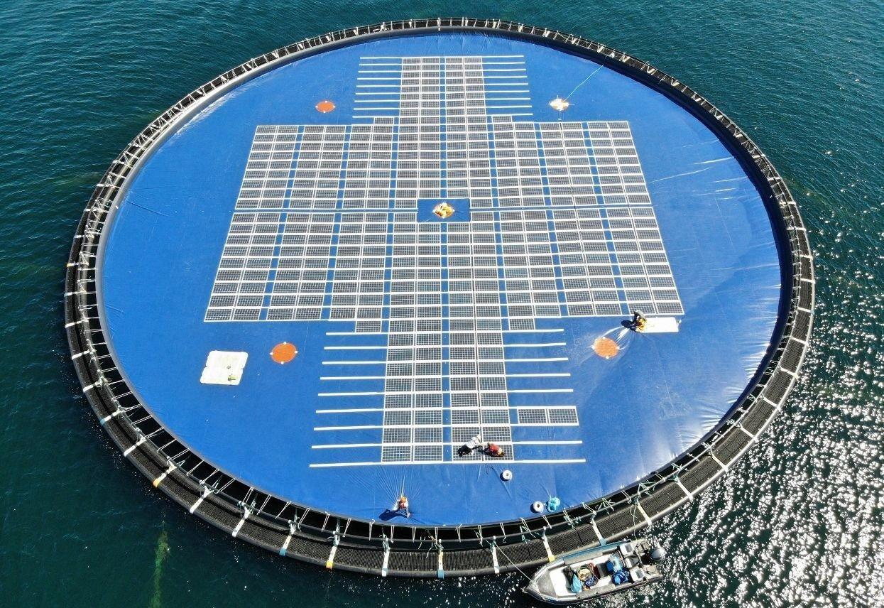 INNOVASJON: Potensialet for flytende solceller på etablerte vannreservoarer er enormt, ifølge en rapport fra Verdensbanken. Det er et marked norske Ocean Sun ønsker å erobre så mye som mulig av.