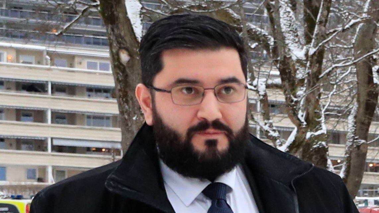 Mazyar Keshvari var i flere år en profilert Frp-politiker og satt flere år på Stortinget før han trakk seg etter at han ble avslørt i bedrageriskandalen. Nå er han på nytt i hardt vær. Bildet er fra en tidligere anledning.