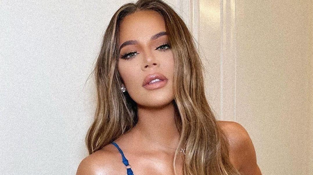 MIGRENE: Khloé Kardashian åpner opp om en lidelse hun har hatt siden tenårene.