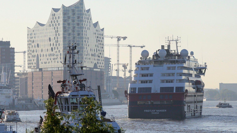 Hurtigruten har fått mye kritikk i det siste. Nå bytter de ut et omstridt skip.