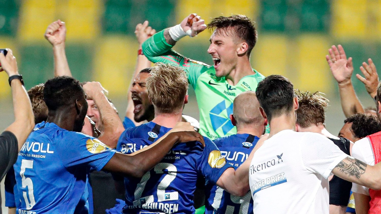 VIDERE: Andreas Linde ble den store helten da Molde slo Qarabag.