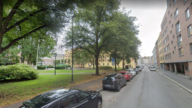 Det var her i Heimdalsgata i Oslo at drosjesjåføren skal ha blitt utsatt for en rasisme.