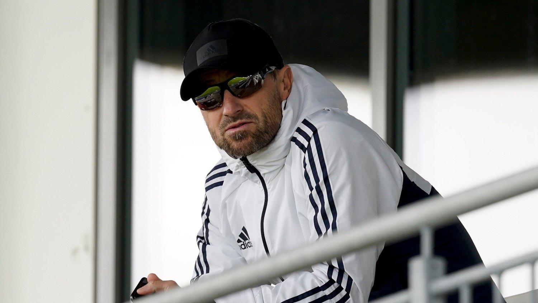 Haugesund 20200711. Tidligere trener for Rosenborg og Haugesund Eirik Horneland sitter på tribunen før eliteseriekampen i fotball mellom FK Haugesund og Molde på Haugesund stadion.