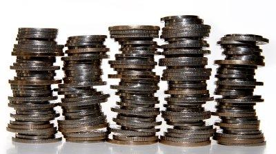 flere stabler med mynter