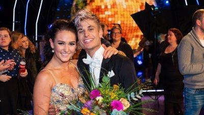 Skal vi Danse, program 11, semifinale. Victor & Rikke under røk ut av Skal vi danse.
