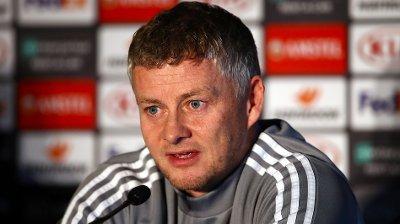 SPURT OM MOURINHO: Ikke uventet fikk Ole Gunnar Solskjær spørsmål om Tottenhams ansettelse av José Mourinho fredag.