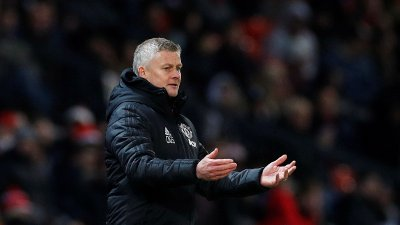 Soccer Football - Premier League - Manchester United v Aston Villa - Old Trafford, Manchester, Britain - December 1, 2019 Manchester United manager Ole Gunnar Solskjaer reacts REUTERS/Phil Noble EDITORIAL USE ONLY. No use with unauthorized audio, video, data, fixture lists, club/league logos or