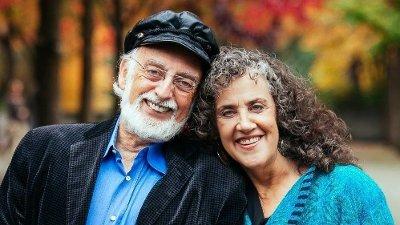 PSYKOLOGPAR: John og Julie Gottman driver The Gottman Institute og er verdensledende på forskning når det kommer til samliv og parforhold.
