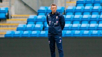 NEDERLAG: G17-landslagstrener Gunnar Halle så sitt lag tape for Kroatia i årets første landskamp. Laget forbereder seg til avgjørende EM-kvalifisering i mars.
