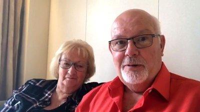 VIDEO GÅR VIRALT: David Abel rapporterer til omverdenen fra cruiseskipet Diamond Princess. Han og kona er to av 3.700 passasjerene som er innesperret i lugarene sine etter utbrudd av coronavirus.