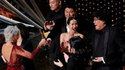 SØR-KOREANSK SENSASJON: Kwak Sin Ae skriver Oscar-historie. Filmen «Parasite» er første ikke-amerikanske vinner av prisen for beste film.