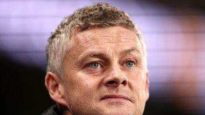 VIRUSFRYKT: Ole Gunnar Solskjær og Manchester United tar ingen sjanser.