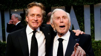 FILE PHOTO: Actor Michael Douglas and his father, actor Kirk Douglas, arrive together at the 2009 Vanity Fair Oscar Party in West Hollywood, California FILE PHOTO: Actor Michael Douglas and his father, actor Kirk Douglas, arrive together at the 2009 Vanity Fair Oscar Party in West Hollywood, California February 22, 2009. REUTERS/Danny Moloshok/File Photo