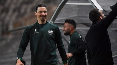 AC Milan's Swedish forward Zlatan Ibrahimovic takes part in a training session of Swedish league team Hammarby IF at Tele 2 Arena on April 17, 2020 in Stockholm.