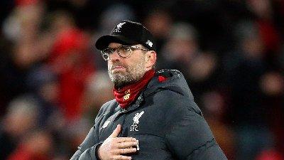 SLITER: Liverpool og Jürgen Klopp får merke de økonomiske nedgangstidene på kroppen, hevder flere britiske aviser. Her er manageren avbildet på Anfield etter tapet for Atlético Madrid i Cahmpions League.