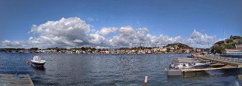 Det finnes mange fine sommerbyer i Norge, men skulle vi satt en øverst så ville det vært denne: Grimstad.