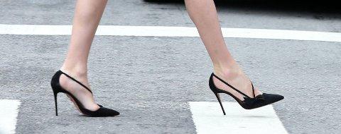 Ikke alle ville klart å gå på høye hæler som dette.
