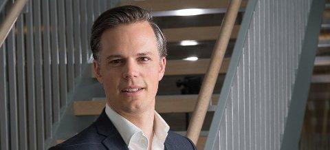 DE UNGE BLIR TAPERNE: Informasjonsdirektør Even Westerveld i DNB er ikke i tvil om hvem som blir taperne hvis Finanstilsynet får det som de vil.