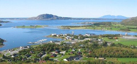 Tettstedet Berg i Sømna kommune i Nordland. Kommunen fikk natt til søndag 28.07.19 den varmeste tropenatten som noensinne er målt i Norge.