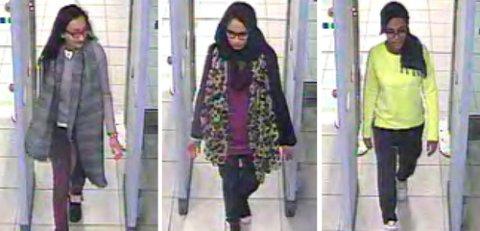 Shamima Begum, i midten i sikkerhetskontrollen på Gatwick på vei til Tyrkia og IS i 2015. Nå vil Begum hjem, men fikk tirsdag beskjed om at hun er fratatt sitt britiske statsborgerskap. Foto: Metropolitan Police via AP / AP / NTB scanpix