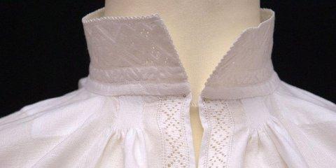MANGE DRØYER i det lengste med å stryke bunadsskjorta. Det bør du ikke gjøre.