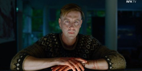 SVINDEL: Denne genseren skuespiller Pål Sverre Hagen , som spiller William i Exit, ble forsøkt brukt i en svindel på Finn.no.