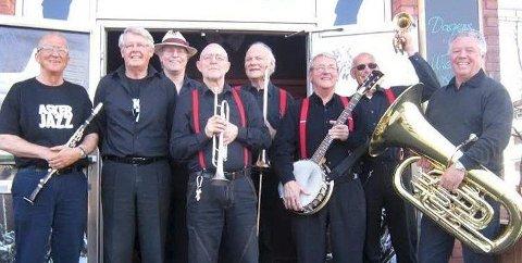 SKAPER STEMNING: Golden Power Jazzband spiller på eldrefesten og er kjent for å skape god stemning.