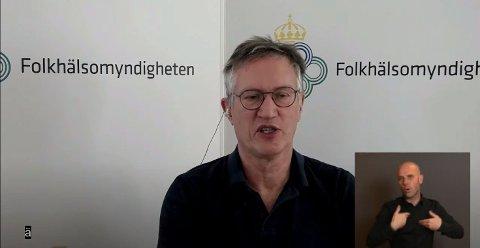 NYE TALL: Anders Tegnell presenterte tirsdag nye, dystre tall for smitteutviklingen i Sverige.