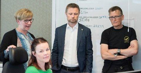 Bent Høie på besøk ved Akuttmedisinsk klinikk i Tromsø den 5 mai i år, hans eneste besøk i landsdelen for å bli oppdatert på situasjonen. Høies forhold til en hel landsdel er nå påført varig skade som følge av hans håndtering av saken, skriver politisk redaktør i Nordlys, Skjalg Fjellheim.