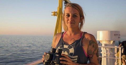 KAPTEIN: Italienske myndigheter mener at 35 år gamle Pia Klemp i Iuventa10 har arrangert redningsoperasjoner for å skjule samarbeid med menneskesmuglere.