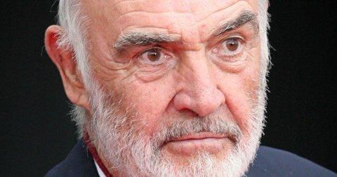GIR IKKE VED DØRENE: Sean Connery er ikke interessert i å gi sitt eneste barn en krone av formuen sin.